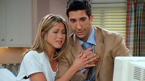 Rachel (Jennifer Aniston) ja Ross (David Schwimmer) muodostivat 1990-luvulla yhden television rakastetuimmista pareista.