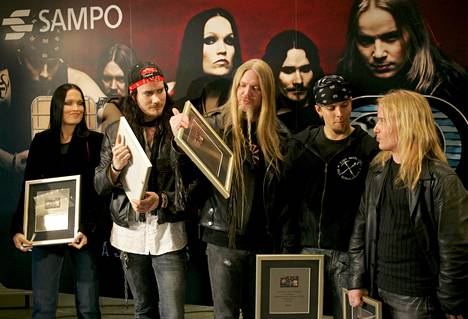 In 2005, the heavy metal band Nightwish decorated the bank card of the then Sampo Bank.