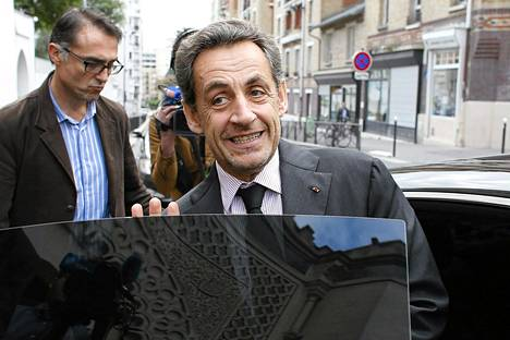 Nicolas Sarkozy kuvattuna Pariisissa maanantaina.