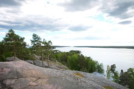 Kasavuorelta Espoon Soukasta näkee kauas Suomenlahdelle.