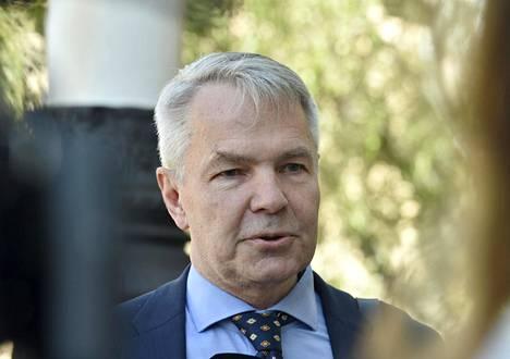 Ulkoministeri Pekka Haavisto osallistui hallituksen neuvotteluihin keskiviikkona.