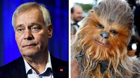 Antti Rinne ja Chewbacca.
