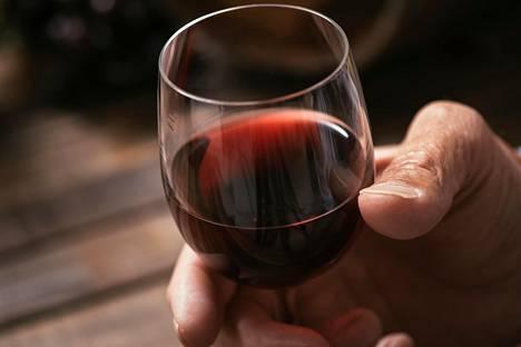 Tavallista vähemmän alkoholia sisältävät viinit kasvattavat suosiotaan.