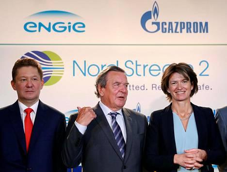 Gazpromin hallituksen varapuheenjohtaja Alexei Miller, Saksan entinen liittokansleri Gerhard Schröder ja ranskalaisen Engie-yhtymän toimitusjohtaja Isabelle Kocher.