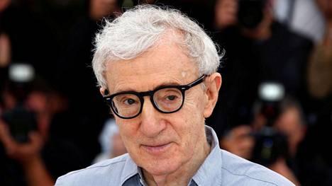 Ohjaaja Woody Allen kuvattiin vuonna 2016 Cannesin elokuvafestivaaleilla, jonne hän toi elokuvansa Cafe Society.