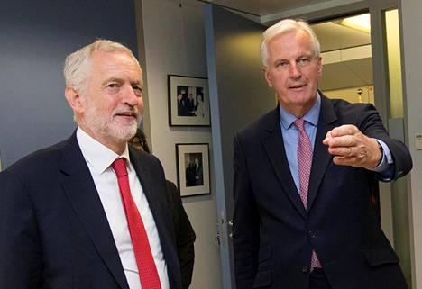 Britannian pääoppositiopuolueen Labourin johtaja Jeremy Corbyn tapasi EU-komission brexit-neuvottelijan Michel Barnierin Brysselissä 13. heinäkuuta 2017.