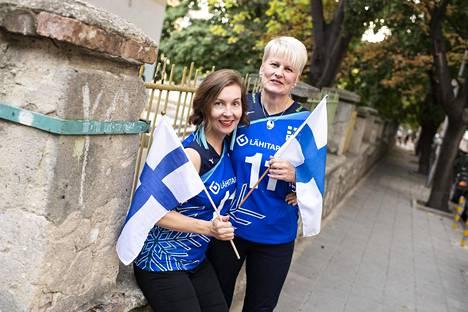 Ira Virtanen (vas.) ja Paula Sinkkonen ovat toista kertaa yhdessä lentopallon arvokisoissa.