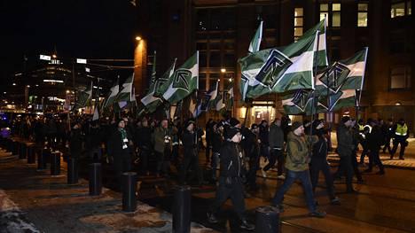 Pohjoismainen vastarintaliike marssi Helsingissä itsenäisyyspäivänä 2017.