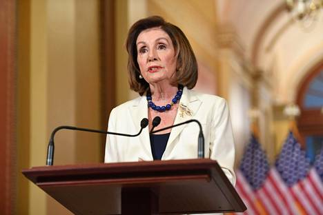 Edustajainhuoneen puheenjohtaja Nancy Pelosi.