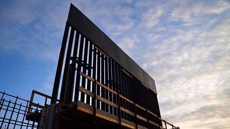 Pätkä uudenmallista rajamuuria valmistui Texasissa viime joulukuussa.