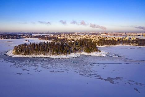 Näkymä Lauttasaaren edustalta lauantaina.
