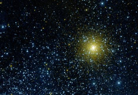 Nasan kuvaama tähtiklusteri NGC 362 Linnunradalla.