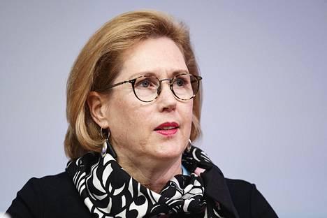 Työministeri Tuula Haatainen harrastaa juoksemista.
