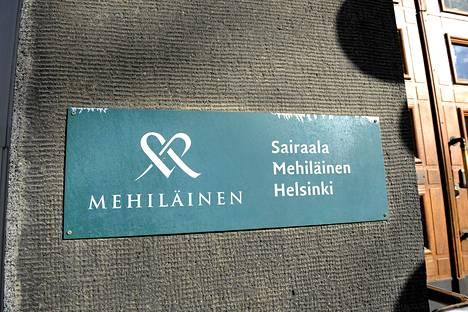 Mehiläisellä on sairaala Helsingin Töölössä.