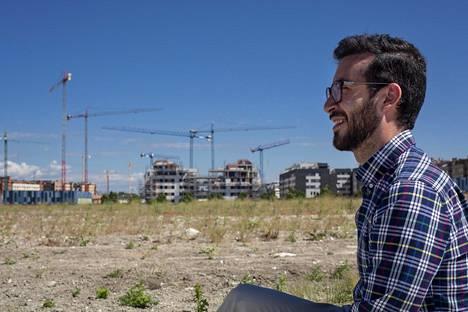 Andrés Trujillo suunnittelee oman asunnon ostamista perheensä kotikulmilta Rivas-Vaciamadridista tai muualta Madridin lähiympäristöstä. Rivas-Vaciamadridissa rakennetaan nyt vimmatusti uusia asuntoja.