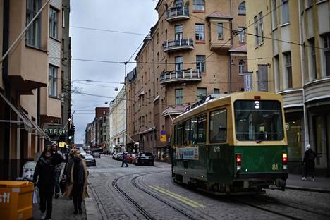 Länsi-Helsingin raideratkaisussa Fredrikinkadulle tulisi uusi kiskoyhteys Bulevardin ja Kampin välille.