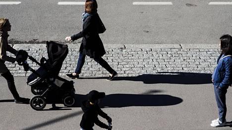 Kävely on helppo ja halpa tapa torjua sairauksia.
