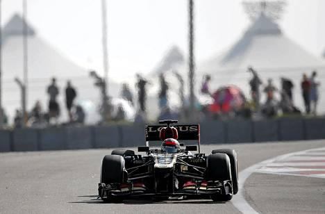 Kimi Räikkönen löysi Lotukseensa hyvän vauhdin aika-ajossa.