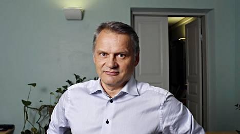 Tulevaisuudentutkimuksen professorin Markku Wilenius on valittu Dubain tulevaisuutta tutkivat akatemian dekaaniksi.