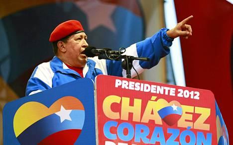 Venezuelan presidentti Hugo Chavez vaalitilaisuudessa Maracaibossa 21. heinäkuuta.