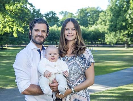 Prinssi Carl Philip, prinsessa Sofia ja prinssi Alexander.