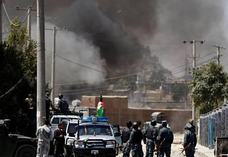 Savu nousi iskun jälkeen Kabulissa Afganistanissa 21. elokuuta.