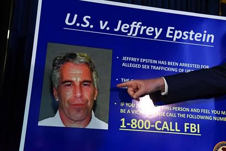 Jeffrey Epsteinia koskevista syytteistä kerrottiin medialle 8. heinäkuuta New Yorkissa.