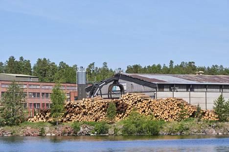 UPM:n vaneritehdas Jyväskylän Säynätsalossa on Suomen vanhin.