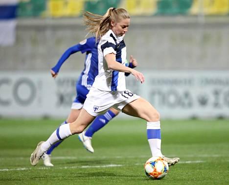 Linda Sällström teki Suomelle kymmenen maalia EM-karsinnoissa ja oli yksi karsintojen parhaimmista maalintekijöistä.