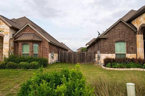 Taloja Leanderissa Texasissa.