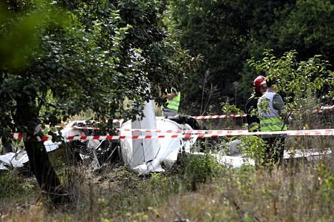 Lentokone syöksyi maahan lähellä Czestochowaa Etelä-Puolassa.