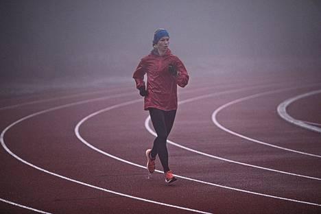 Noora Honkala valmistautui 24 MM-juoksuun korkeanpaikan leirillä Font-Romeussa Ranskassa.