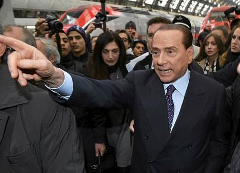 Silvio Berlusconi pyrkii taas Italian johtoon.