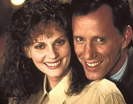 Cop-elokuvan pääosissa ovat Kathleen McCarthy ja James Woods.