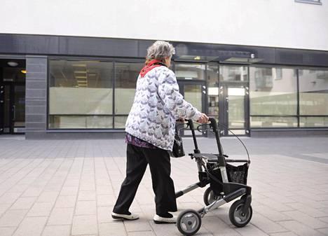 Eläketurvakeskuksen ja valtiovarainministeriön laskelmissa on arvioitu työnteon muutoksen vaikutuksia eläkkeisiin.