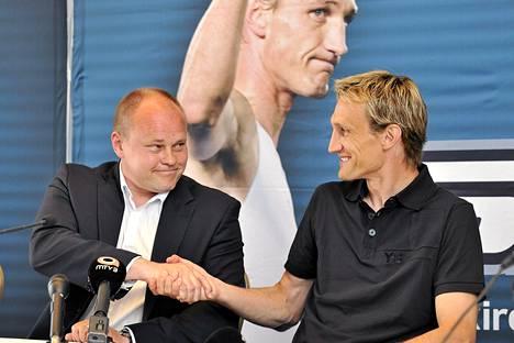 Mixu Paatelainen haluaa Sami Hyypiän mukaan maajoukkueeseen.