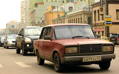 Lada 2107:n aika on päättymässä. Kuva on Moskovan keskustasta maanantailta.