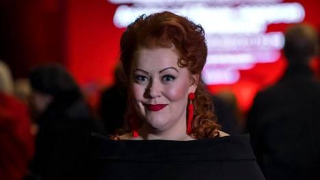 Miina-Liisa Värelä on saanut kiinnityksiä Baijerin valtionoopperaan ja Glyndebournen festivaalin Isoldeksi.