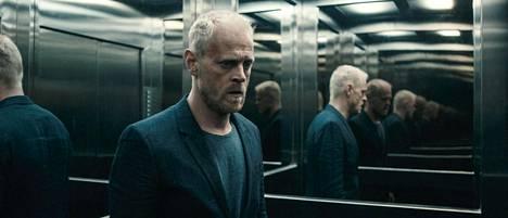 Qeda-elokuvan pääosassa on Perilliset-sarjasta tuttu Carsten Bjørnlund.