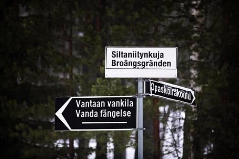 Alaikäiset tutkintavangit sijoitetaan Etelä-Suomessa pääsääntöisesti Vantaan tutkintavankilan nuoriso-osastolle.