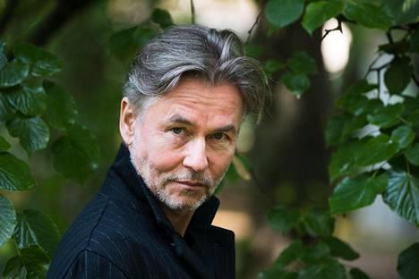 Esa-Pekka Salonen täyttää 60 vuotta 30. kesäkuuta, mutta syntymäpäiväkonsertti pidetään vasta Juhlaviikoilla elokuussa.