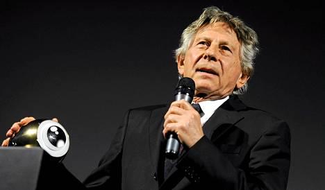 Roman Polanski vastaanotti palkintonsa Zürichin filmifestivaaleilla.