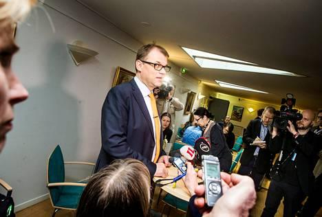 Keskustan puheenjohtaja Juha Sipilä tiedotustilaisuudessa eduskuntavaalien jälkeisenä päivänä.