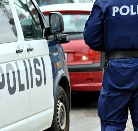 Liikkuvan poliisin toiminta aiotaan sulauttaa paikallispoliisiin.