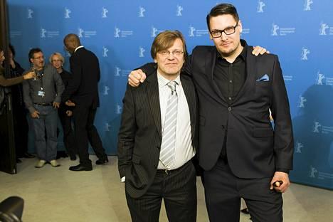Tuottaja Tero Kaukomaa (vas.) ja ohjaaja Timo Vuorensola Berliinin elokuvajuhlilla helmikuussa 2012.