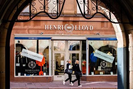 Kasarmikadulla sijaitseva Henry Lloyd -liike on päättänyt sulkea ovensa 16 vuoden jälkeen.