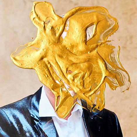 Noora Geagea: yksityiskohta teoksesta Agamemnon, 2021, valokuva ja akryyli.