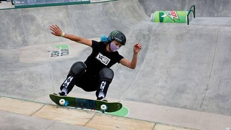 Lizzie Armanto on korkealla naisten parkin olympiarankingissa.