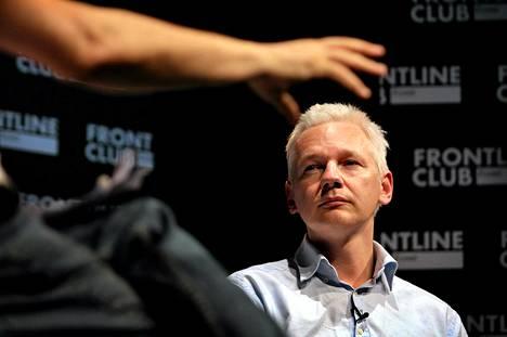 Wikileaksin perustaja Julian Assange Lontoossa kesällä 2011.