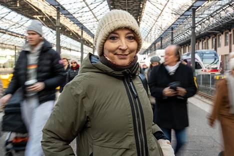 """""""Oman maan sisällä vallitsevat erot tulevat monille parisuhteessa yllätyksenä"""", sanoo Katriina Järvinen."""